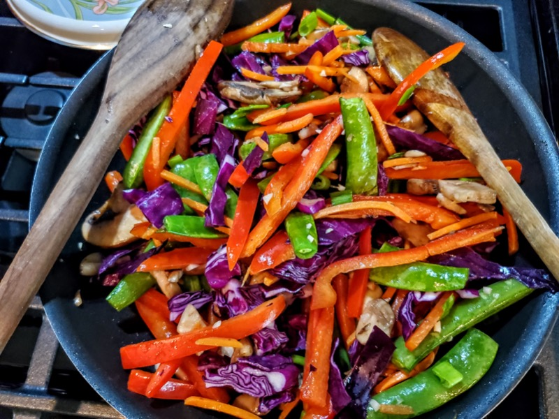 Vegatable Lo Mein with Fennel, Tomato and Basil Salad
